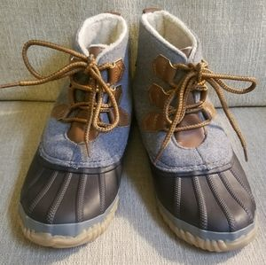 JBU Nala duck boots. size 7.5 EUC!!